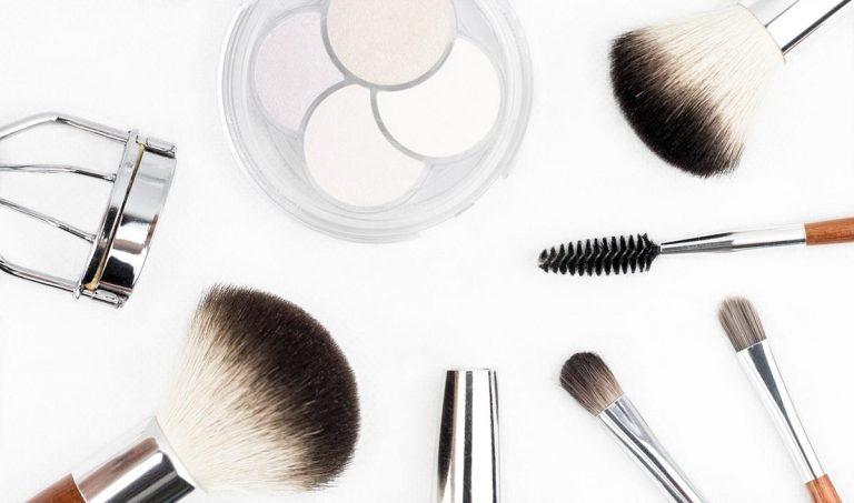 Markowe kosmetyki przy zakupach hurtowych
