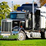 Przepisy i dokumentacja ADR dla przewozu towarów niebezpiecznych